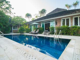 Perfect 5 bedroom Khao Lak Villa with Internet Access - Khao Lak vacation rentals