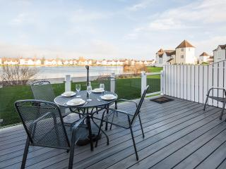Windrush Lake 21, Stoweaway - South Cerney vacation rentals