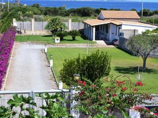 Calasetta Villetta Loc. Spiaggia Grande - Calasetta vacation rentals