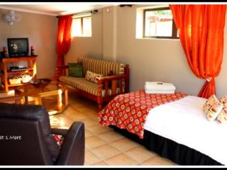 Just 1 More self-catering Cottage - Riversdale vacation rentals