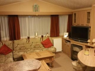 Norwich 12 Haven Caister, 6 Berth 2 Bed Deluxe - Caister-on-Sea vacation rentals