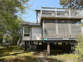 Contemporary 3 bedroom, 2 bath home only steps to the beach! - Bethany Beach vacation rentals