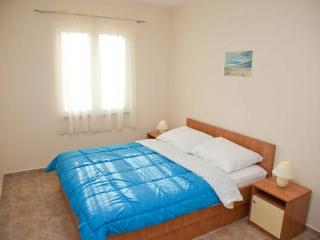 Pavo 8 apartment for 4 people in the CENTER! - Novalja vacation rentals