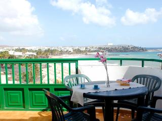 2 bedroom Condo with Television in Costa Teguise - Costa Teguise vacation rentals