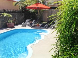 Modern flat w balcony, close to sea - Beau Bassin - Rose Hill vacation rentals