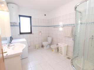 Nice 3 bedroom Condo in Loborika - Loborika vacation rentals
