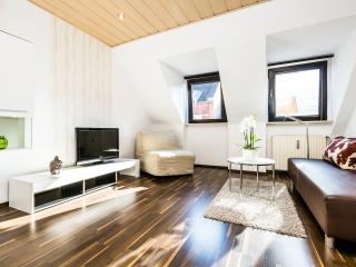 1 bedroom Apartment with Internet Access in Cologne - Cologne vacation rentals