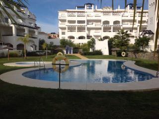Sunny 2 bedroom Vacation Rental in San Luis de Sabinillas - San Luis de Sabinillas vacation rentals
