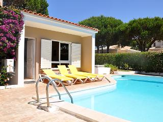 3 bedroom property with private pool in Vilamoura - Vilamoura vacation rentals