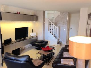 DUPLEX SUQUET MIDI - Cannes vacation rentals