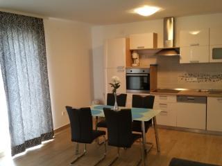"""Apartmani """" Ivančić """" 9 """" - Novi Vinodolski vacation rentals"""