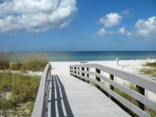 Indian Shores  updated 2 bdrm Intercoastal View - Indian Shores vacation rentals