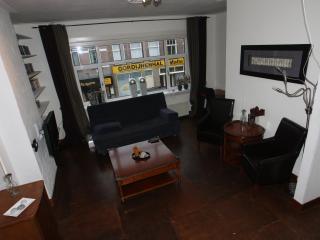 Luxe appartement nabij het centrum van Arnhem! - Arnhem vacation rentals
