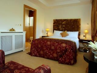 Fota Island 3 Bedroom Courseside Lodge, Cork - Fota Island vacation rentals