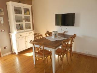 APARTMENT CUORE DEL GARDA - Lazise vacation rentals