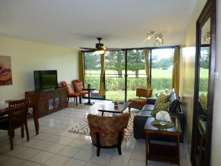 Luxury on Golf Course Hawaii,North Shore, Paradise - Kahuku vacation rentals