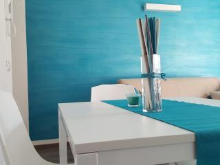 La Casa Verde Apartment Cielo a 150 m dal lago - Torbole Sul Garda vacation rentals