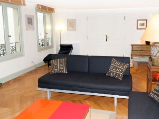 Exclusive Paris Apartment Between Concorde and Madeleine - 7th Arrondissement Palais-Bourbon vacation rentals