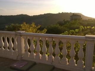 Romantic 1 bedroom House in Caltagirone - Caltagirone vacation rentals