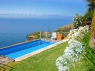 Sunny Villa with Internet Access and A/C - Estreito da Calheta vacation rentals