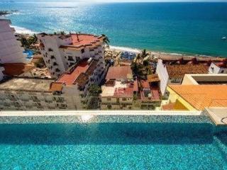 V177501 CONDO IN OLD TOWN/ ROMANTIC ZONE - Puerto Vallarta vacation rentals