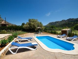 10445 Lovely Villa & pool in a quiet area Pollensa - Pollenca vacation rentals