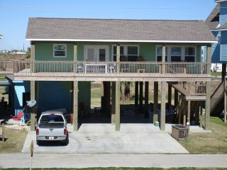 NO WORRIES~ Great Beach View ~ 100 ft from Beach - Crystal Beach vacation rentals