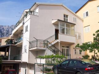 Nice Condo with A/C and Television - Makarska vacation rentals