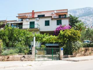 2 bedroom Condo with Television in Makarska - Makarska vacation rentals