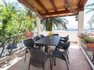 4 bedroom Apartment with Television in Podgora - Podgora vacation rentals