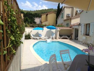 Nice Villa with Internet Access and Dishwasher - Taradeau vacation rentals