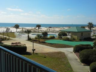 Winter is NICE in Gulf Shores! Indoor pool & spring is coming! - Gulf Shores vacation rentals