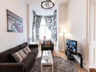 Homey 1 Bedroom Vacation Apartment in Berlin, Germany - Berlin vacation rentals