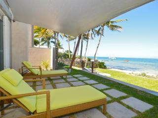 Luxury Beachfront 3 Bedroom Villa Trou d'Eau Douce - Trou d'eau Douce vacation rentals