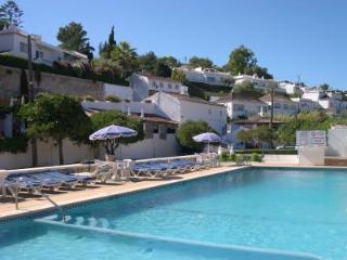 QUINTA DA SAUDADE, pools, tennis, riding CA - Albufeira vacation rentals