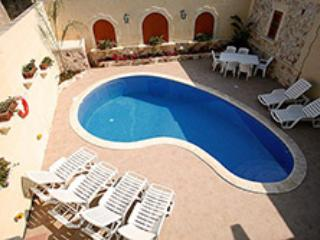 Romantic 1 bedroom Bed and Breakfast in Qala - Qala vacation rentals