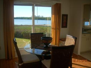 Perico Bay Club -2 miles from anna maria beaches - Bradenton vacation rentals