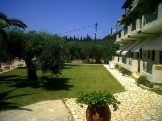Bright 2 bedroom Sivota Apartment with Internet Access - Sivota vacation rentals