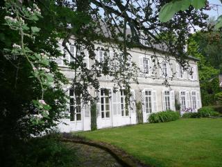 Romantic 1 bedroom Bed and Breakfast in Arras - Arras vacation rentals