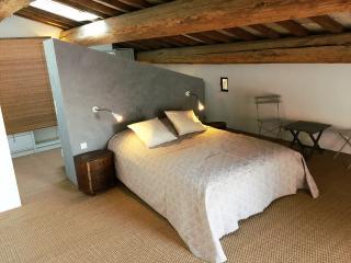 Chambre d'hôtes LUNEL Bien-Être - Lunel vacation rentals