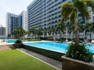 SM Sea Residences 1BR Condo in Mall of Asia 905 - Makati vacation rentals