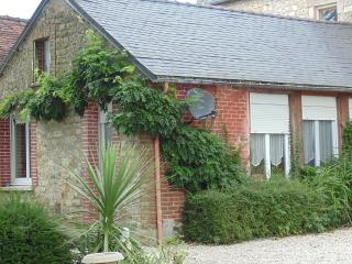 Beautiful Cottage with Internet Access and Washing Machine - Bagnoles-de-l'orne vacation rentals