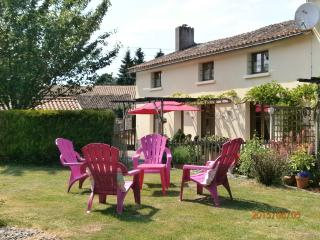 Nice Cottage with Internet Access and Television - Parthenay vacation rentals