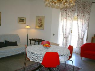 Busi due Apartment - Rome vacation rentals
