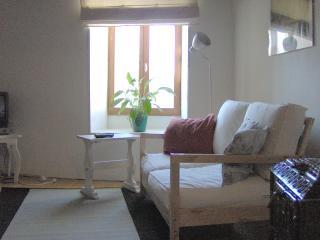 Lovely 2 bedroom Dampierre-sur-Boutonne Cottage with Internet Access - Dampierre-sur-Boutonne vacation rentals