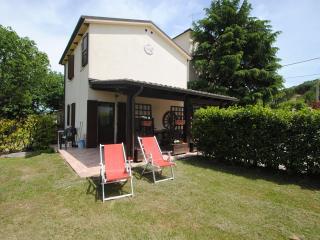 La Dependance by Country House Villa Geminiani - Montalto delle Marche vacation rentals