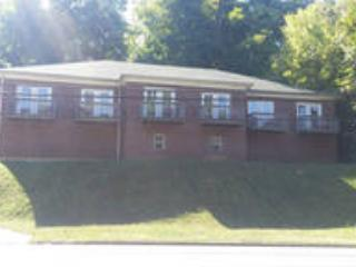 "Duplex Building 2 units ( Sleep 20) - ""Brownsboro Nest""  Duplex (2 units -20 Guests) - Louisville - rentals"