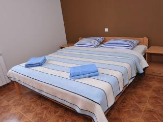 Novalja- Vek  A19 - Novalja vacation rentals
