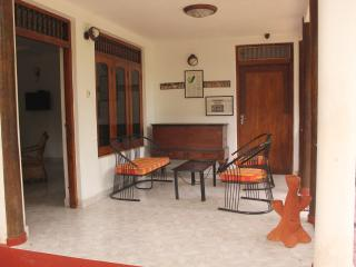 Perfect 2 bedroom Bentota House with Internet Access - Bentota vacation rentals