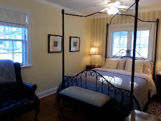 Blue Shutters 4.5 star Bed & Breakfast Yellow Room - Wolfville vacation rentals